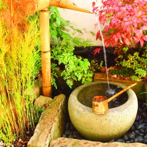 11 Tsukubai water features in each courtyard garden-2