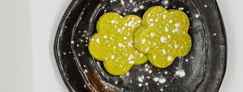Matcha shortbread on Japanese plate.